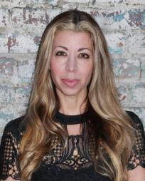 Lisa Zinni Headshot