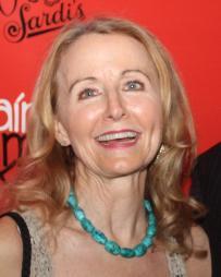 Ginger Grace Headshot
