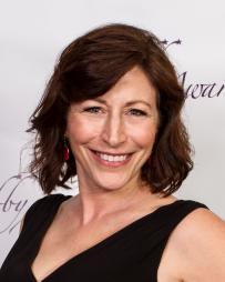 Kathy Taylor Headshot