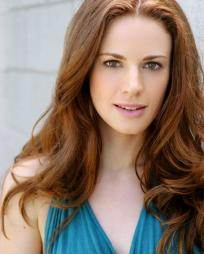 Teal Wicks Headshot