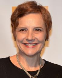 Tara Rubin Headshot