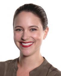 Alessa Neeck Headshot