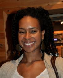 Rhea Patterson Headshot