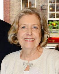 Anne Reid Headshot