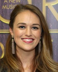 Maddie Shea Baldwin Headshot