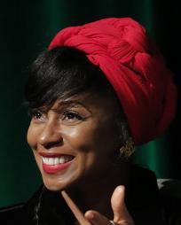 Fatima Robinson Headshot