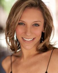 Erica Mansfield Headshot