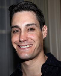 Adam Greer Headshot
