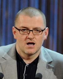 Ian Dickinson Headshot
