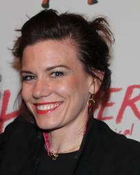 Amy Clark Headshot