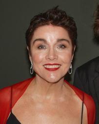 Christine Andreas Headshot
