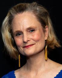 Barbara Garrick Headshot