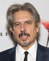 Elliot Goldenthal Headshot