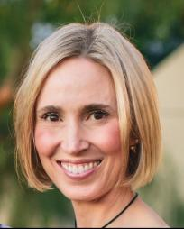 Gail Bryan Headshot