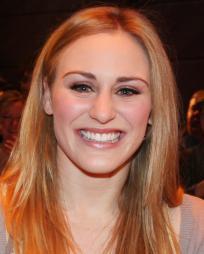 Stephanie Martignetti Headshot