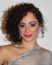 Tanairi Sade Vazquez Headshot