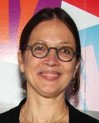 Louisa Thompson Headshot