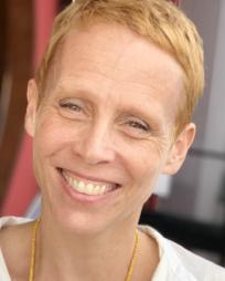 Lucie Tiberghien Headshot