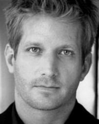 Paul Sparks Headshot