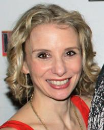 Sarah Saltzberg Headshot