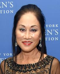 Lucia Hwong Headshot