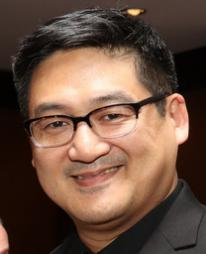 Timothy Huang Headshot