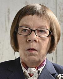 Linda Hunt Headshot