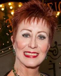 Ruth Williamson Headshot
