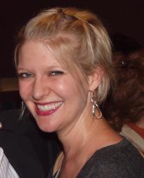 Jen Malenke Headshot
