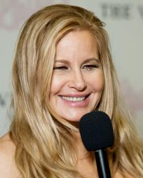 Jennifer Coolidge Headshot