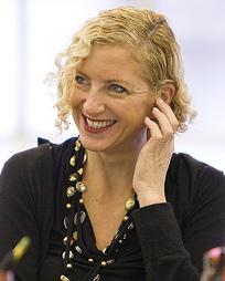 Joanna Murray-Smith Headshot