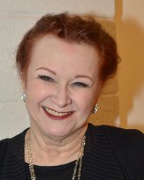 Cynthia Darlow Headshot