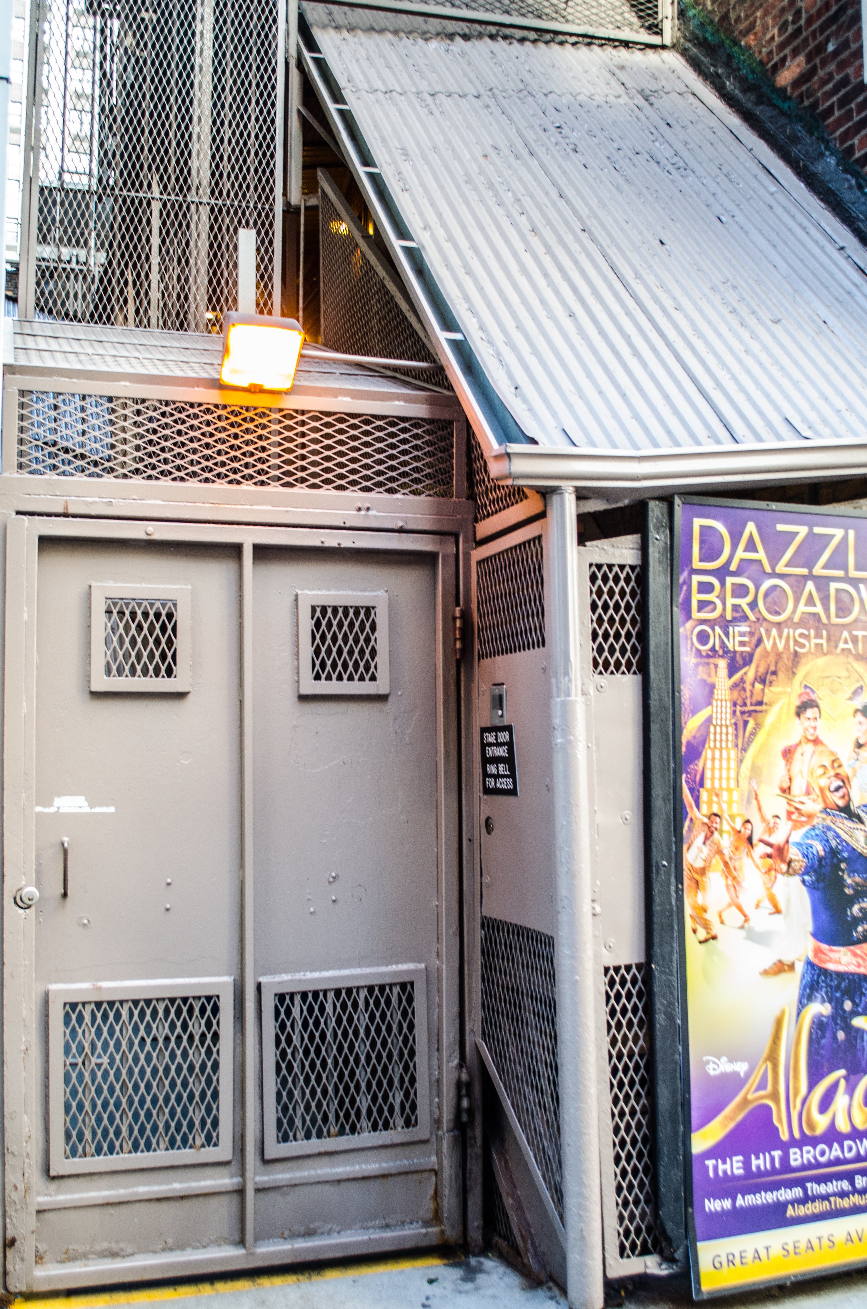 Longacre Theatre (Broadway) - Theater Information Stage Door
