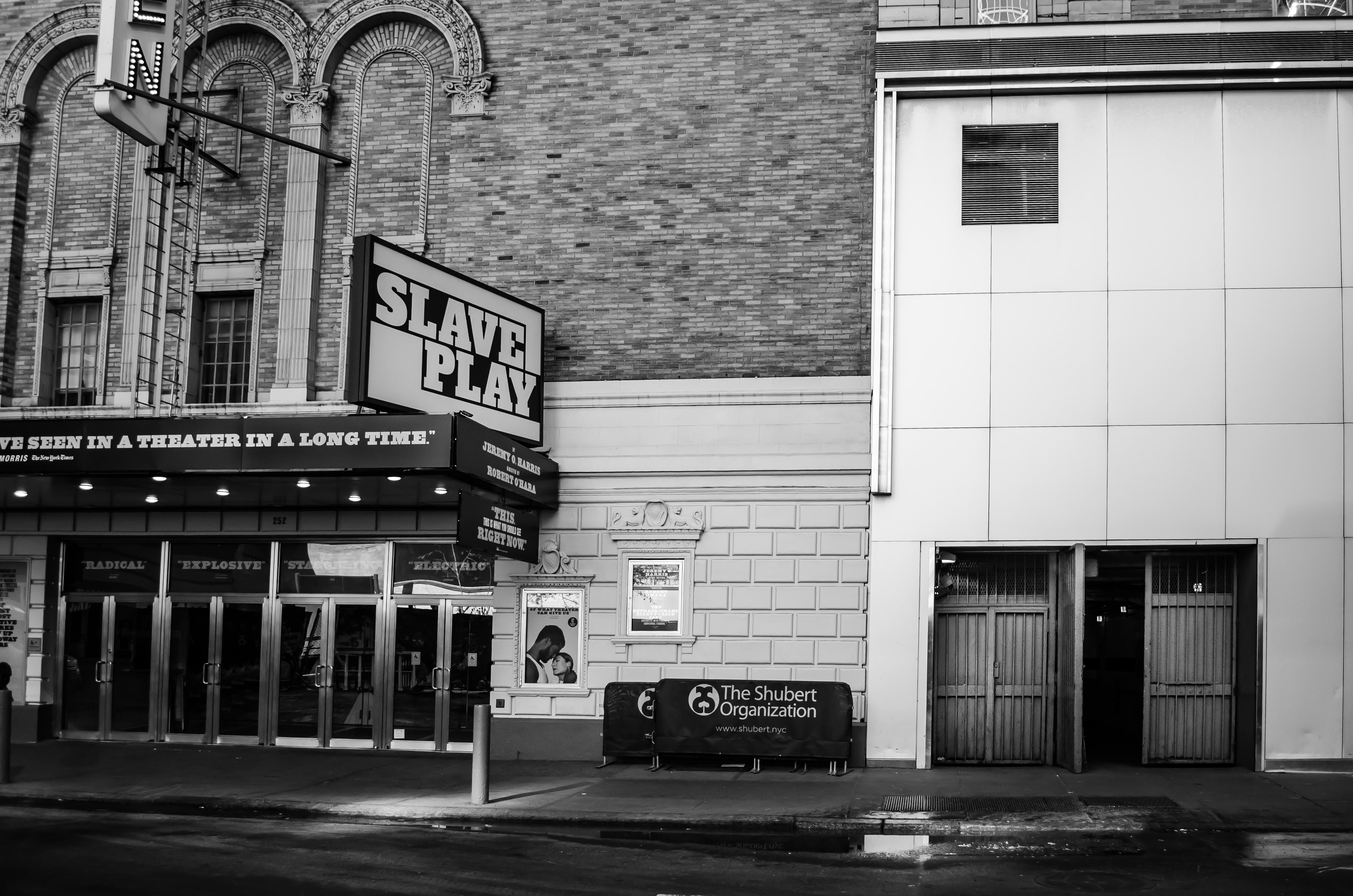John Golden Theatre (Broadway) - Theater Information Stage Door