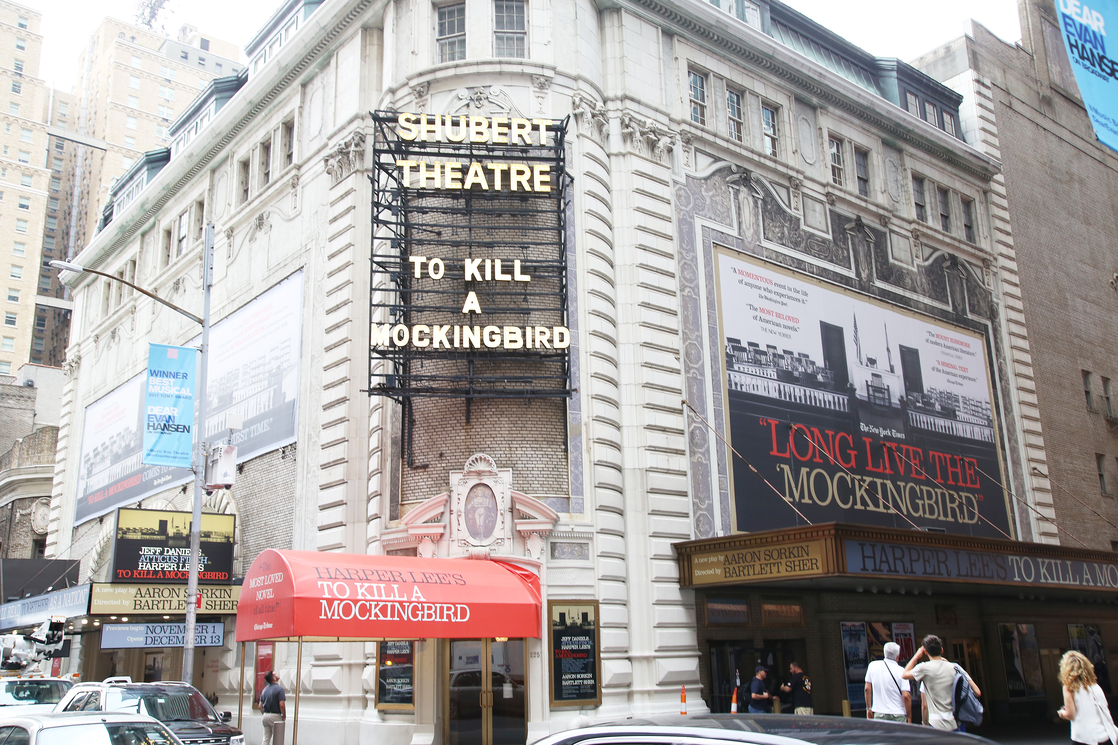 Shubert Theatre (Broadway) - Theater Information Marquee