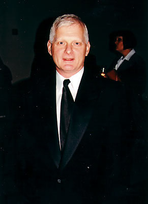 as does Ted Snowdon at 2003 Genie Awards: Photo Coverage