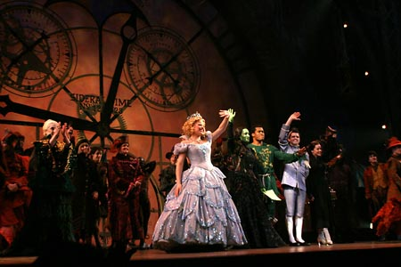 Wicked celebrates its 1000th performance with Megan Hilty, Espinosa Espinosa, Derrick Williams, Robb Sapp, Jenna Leigh Green at Wicked Celebrates 1000th Performance