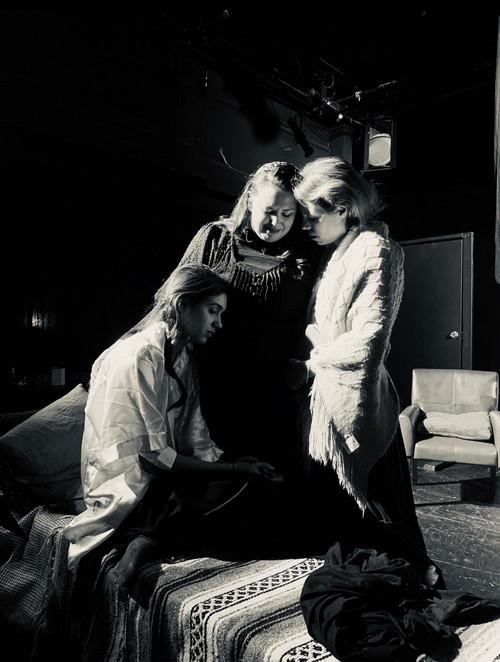 Irina (Ana Moioli), Masha (Georgia Jenkins) and Olga (Yanina Hope). 1