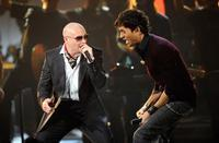Enrique Iglesias & Pitbull in Montreal