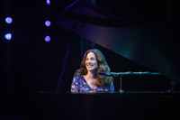 BEAUTIFUL – The Carole King Musical in Connecticut