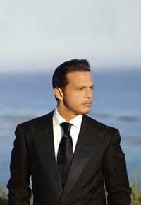 Luis Miguel The Hits Tour 2013 in Mexico