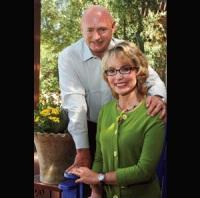 Gabrielle Giffords & Mark Kelly in Thousand Oaks