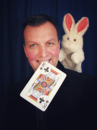 MagicFest - Tricky Ricky's Christmas Madness in UK / West End