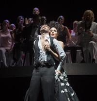 Les Contes d'Hoffmann in Broadway