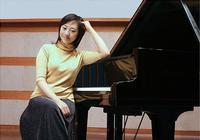 Zhu Ye solo concert pianist living in America in China