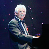David Benoit: Christmas Tribute to Charlie Brown in Los Angeles