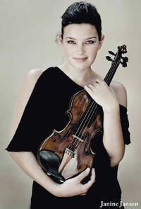 Janine Jansen Plays Mendelssohn in Malaysia