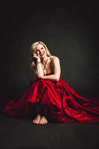 Megan Hilty in Los Angeles