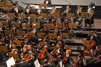 Han-Na Chang Conducts Tchaikovsky 4 in Qatar