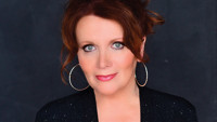 Maureen McGovern  in Costa Mesa